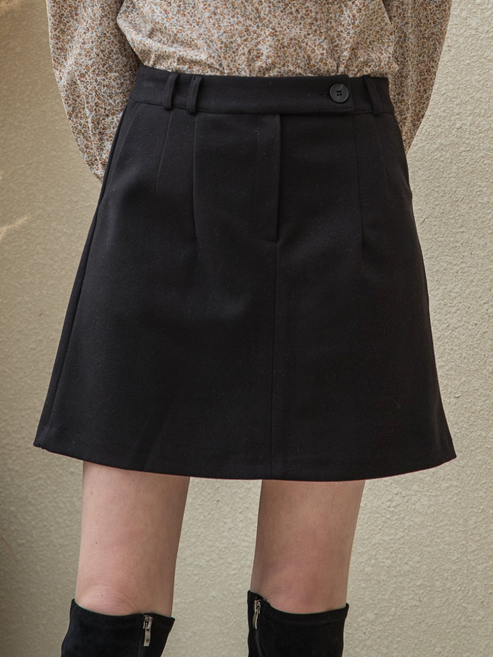 Standard Mini Skirt Black