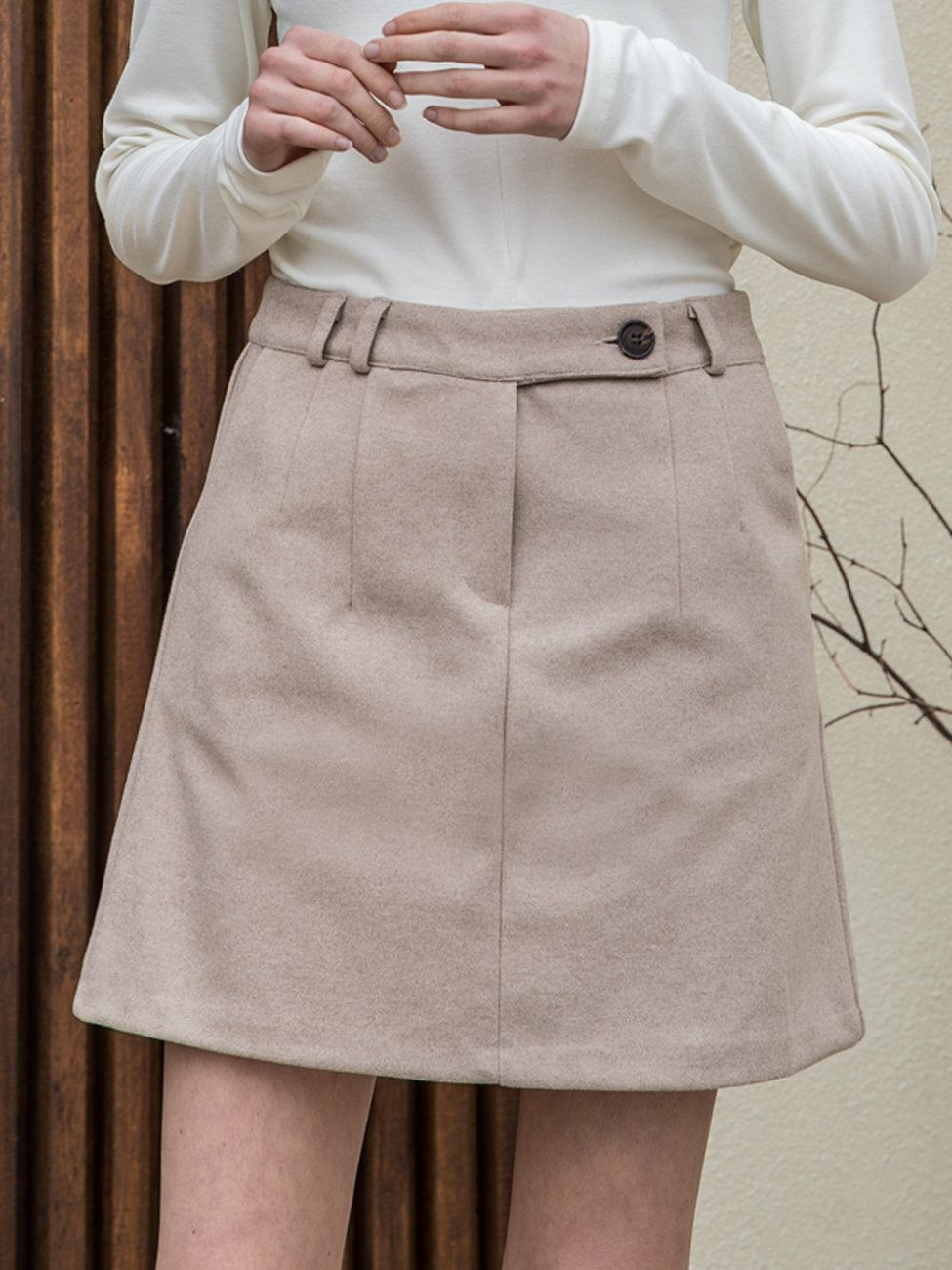 Standard Mini Skirt Beige